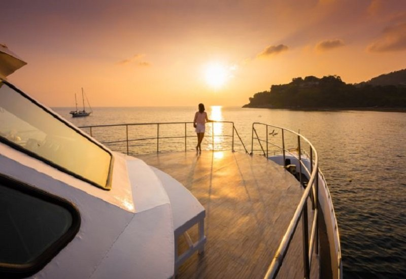 langkawi sunset yacht
